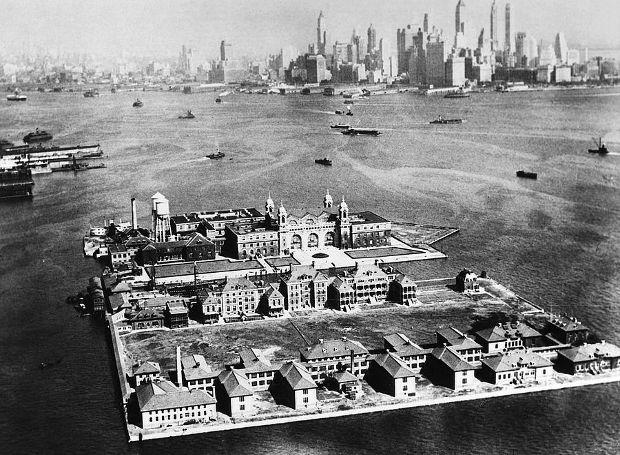 Η ιστορία του Έλις Άιλαντ (Ellis Island)