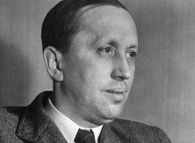 Κάρελ Τσάπεκ (Karel Capek)